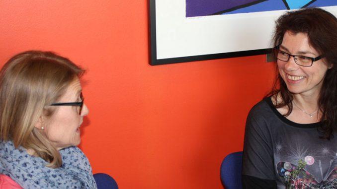 Vernepleierene Inger Haug Olsen og Aud Elisabeth Witsø