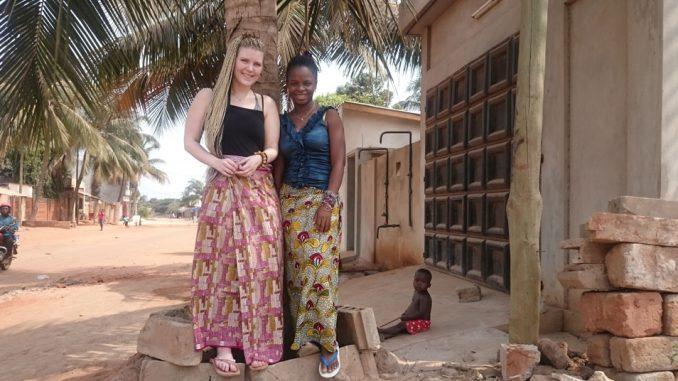 Cecilie Starheim og Innocente Akoumayi
