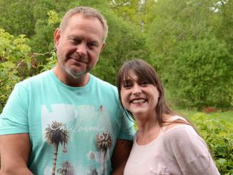 Vernepleierne Jon Løkke og Gunn Elisabeth Løkke